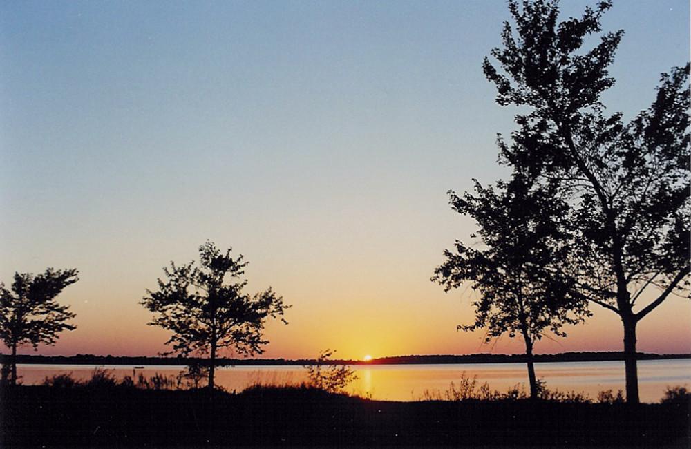 New York Mills Lake